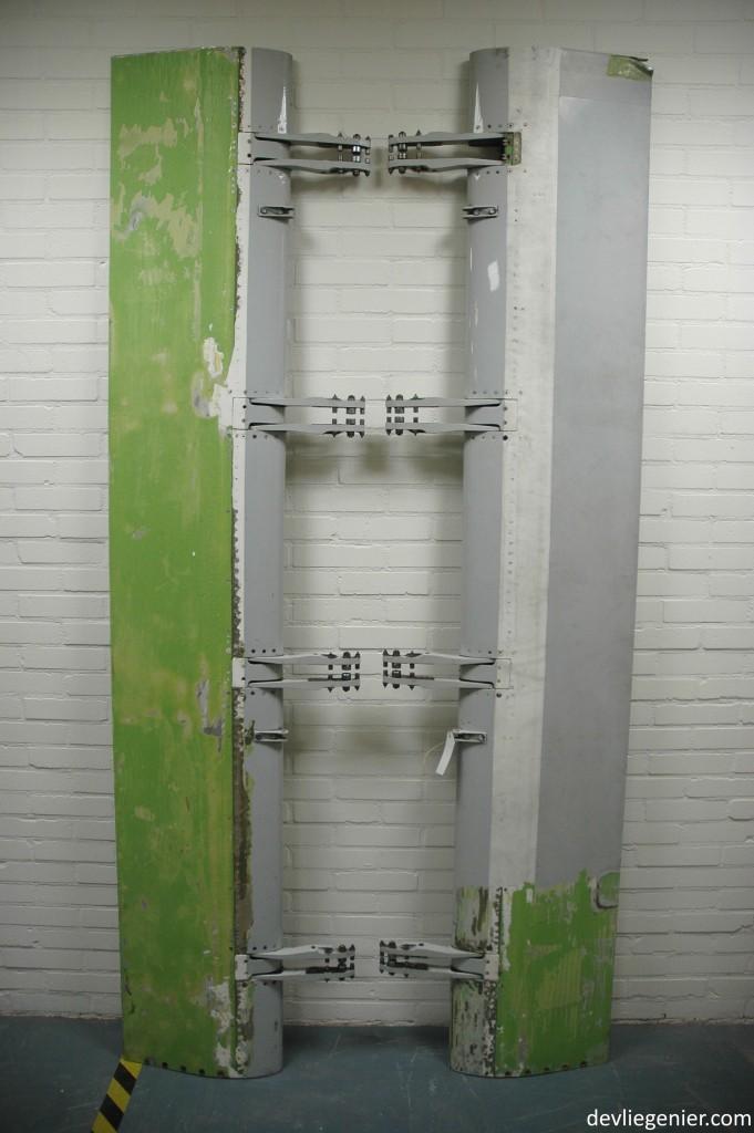 Boeing 737 flap assembly - devliegenier.com